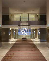 Modern, metropolitan and Comfortable – the charismatic Hilton Vienna Danube provides the perfect stopover in the Austrian capital for business traveller and tourist alike