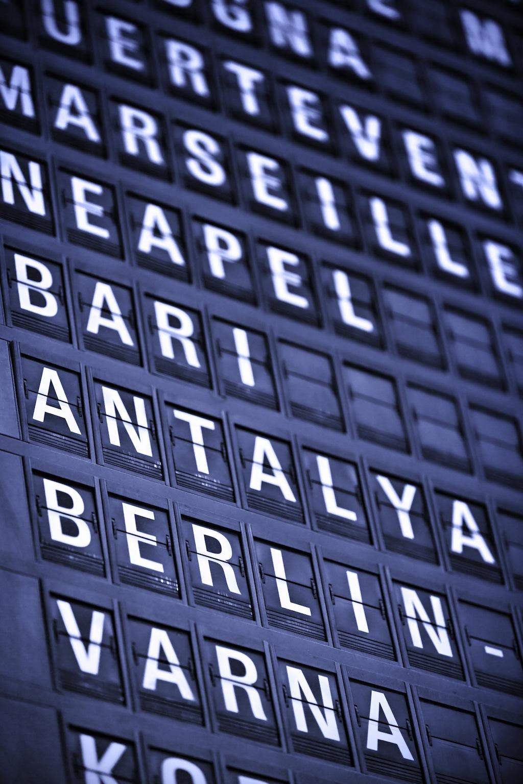 Arrivals/departures board