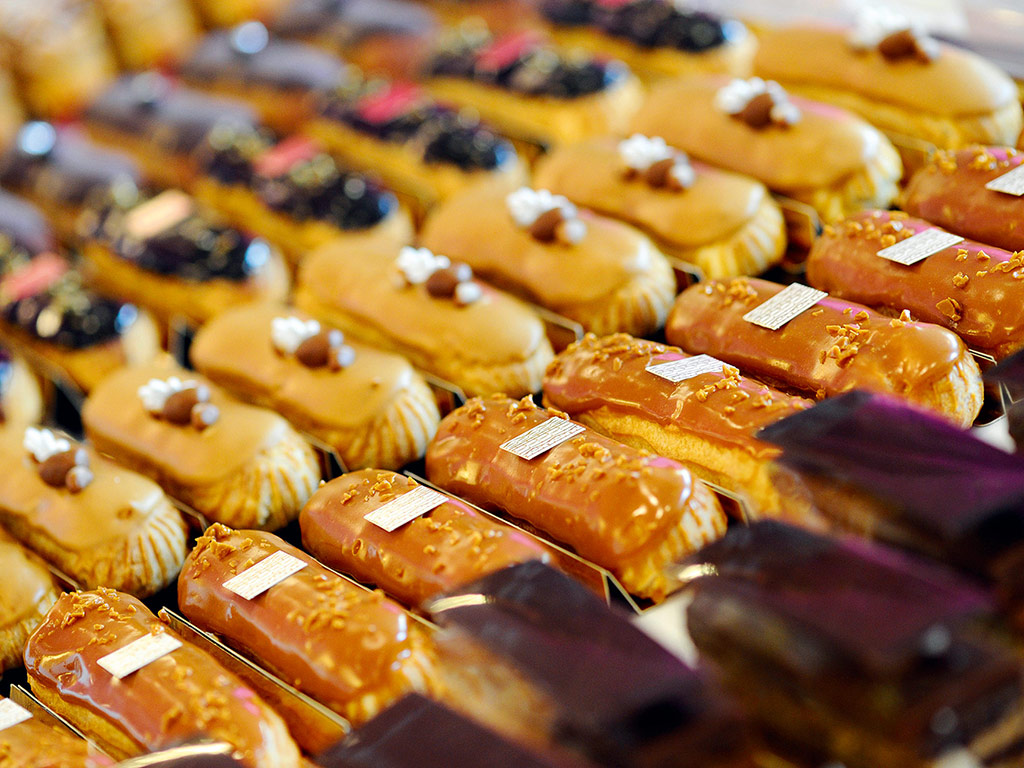 Handmade eclairs at Fauchon, Paris