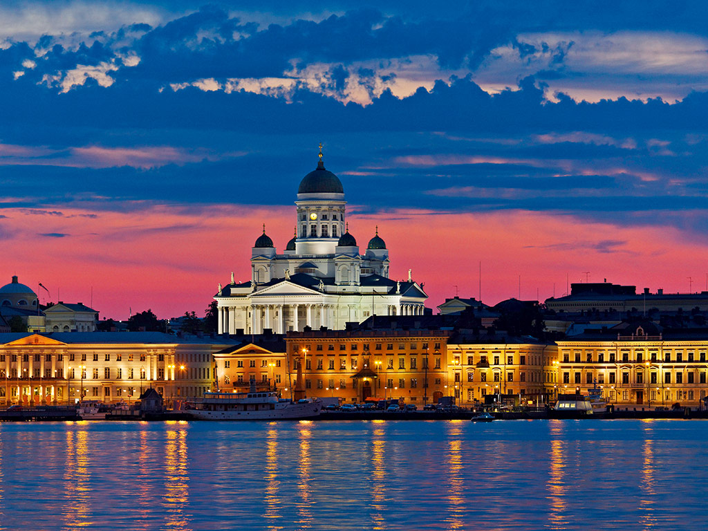 Helsinki Cathedral at dusk