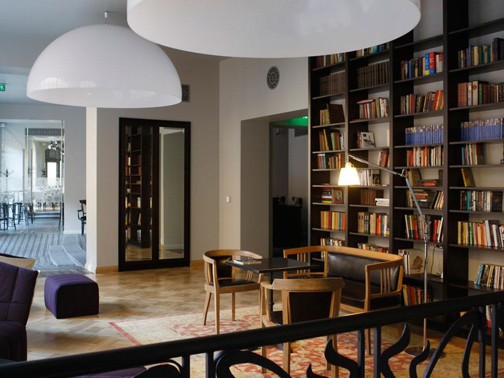 Library Hotel Neiburgs