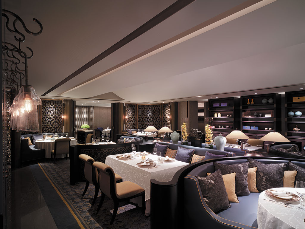The shangri la bosphorus istanbul is a modern oasis for Asian cuisine restaurant