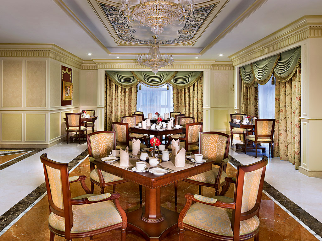 Sample some delicious Mediterranean cuisine at one of the Royal Rose Hotel's charming restaurants