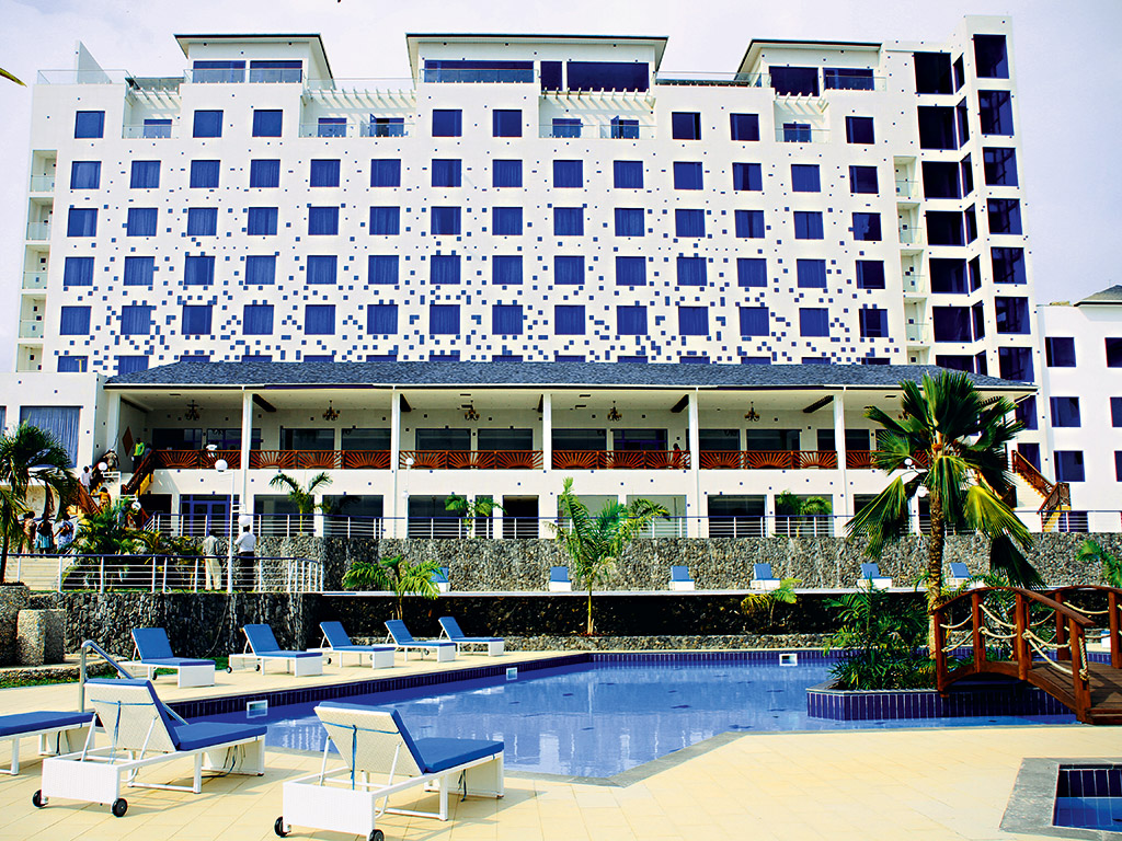 Comments The Best Western Plus Atlantic Hotel Is Located In Ghana S Takoradi City And Offers Splendid Views