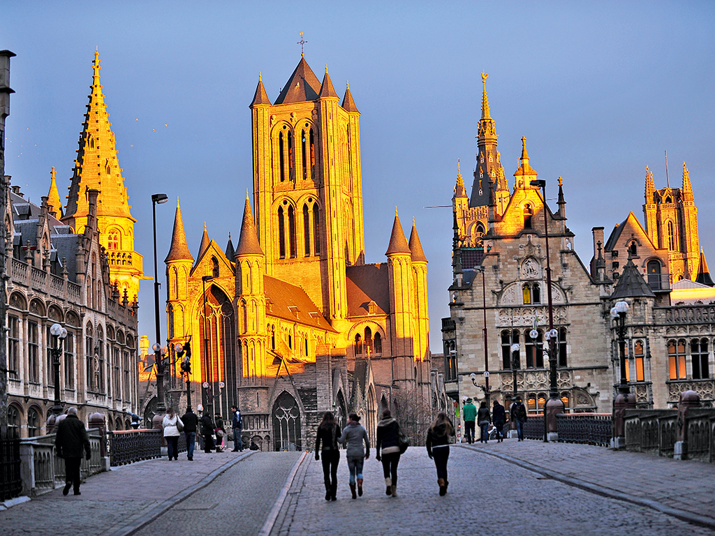 The region of Flanders encompasses cities such as Brussels, Antwerp and Bruges, which each have excellent transport links and a diversity of culture, taste and history