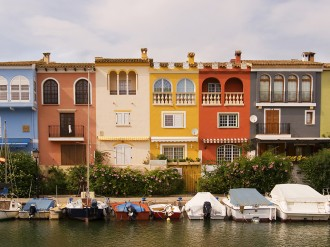 Bargain buys in the Eurozone helped grow interest in foreign property in 2014, according to the latest Quarterly Index by OverseasGuidesCompany.com, which saw overall enquiries for the year increase 11 per cent compared to 2013