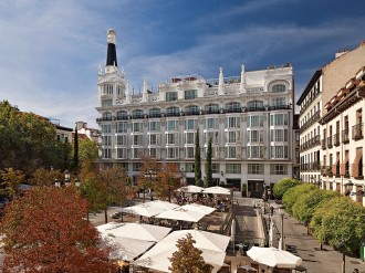 With both cities offering breathtaking culture and charm, it can be hard to choose between a break in Madrid or Barcelona. Hotel group Meliá Hotels International offers an authentic Spanish experience in both of the country's most vibrant cities