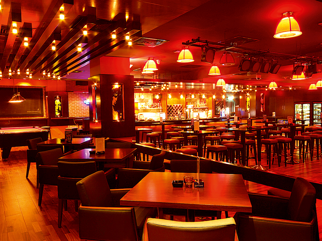 Maxx Music Bar & Grill at Citymax Al Barsha offers live music and an exciting atmosphere