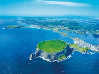 Jeju, the largest island on the Korean peninsula and an area of magnificent natural beauty, is gaining worldwide recognition as a leading MICE destination, writes Sean Shin