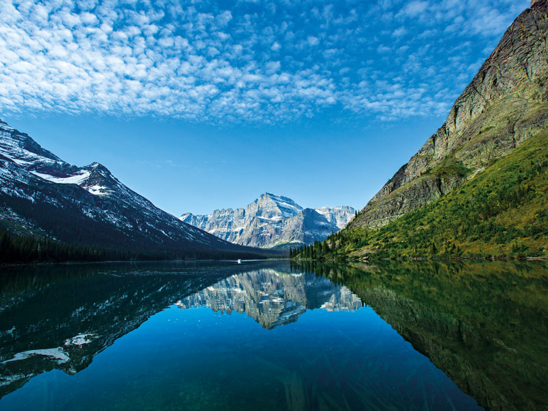 Because of its vast size, the US is home to several destinations that are both in danger of disappearing and have seen increased traffic. Glacier National Park in Montana is one such destination