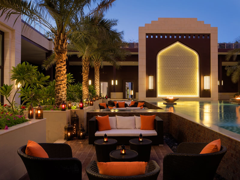 The Hormuz Grand Muscat is enviably positioned between the Al Hajar Mountains and the Gulf of Oman, meaning it is perfectly in tune with Oman's stunning natural surroundings